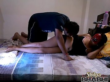 Shilpa Bhabhi Real Indian Porn Movie